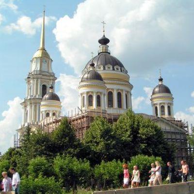 В рамках акции «Кинопоезд «ВГИК-95» в Рыбинск приедет Сергей Лазарук