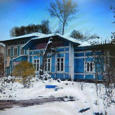 В Ярославле бомжи разбирают памятник культурного наследия